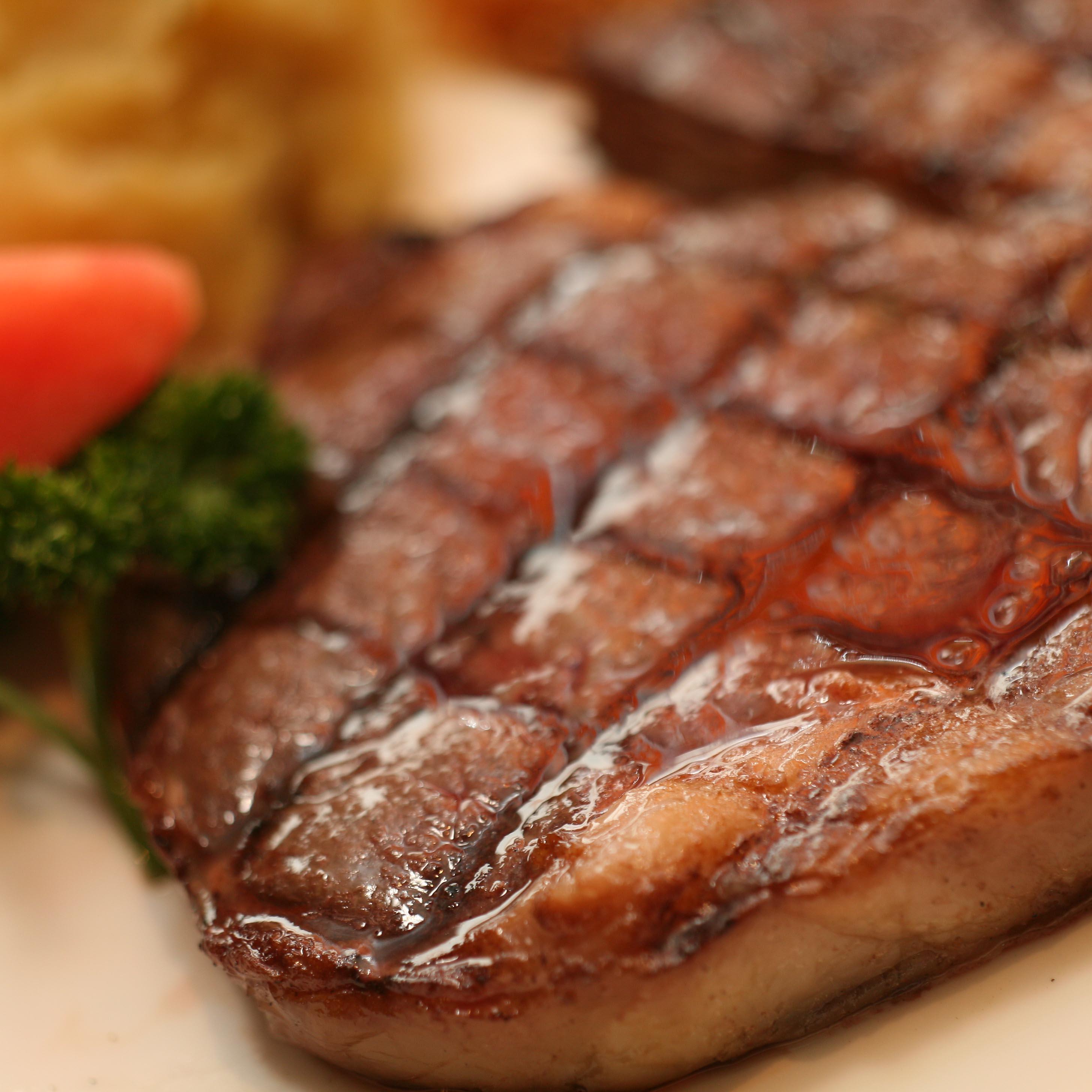 西餐牛排的吃法图解
