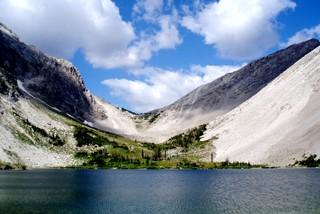 蒙大拿州的9个背包客天堂