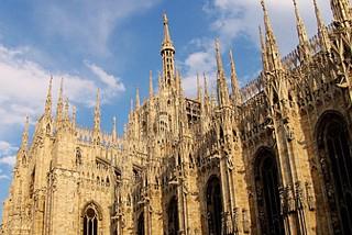静止百年的时尚之光 意大利米兰城1日游