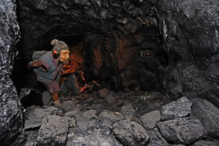 矿井挖煤 带孩子当一回矿工 探秘中国煤炭博物馆