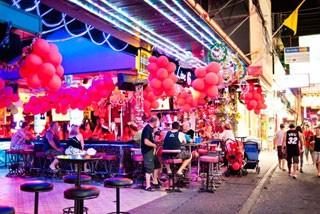 空与色的暹罗文化大城 芭提雅双城记