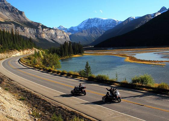 加拿大阿尔伯塔省冰原公路