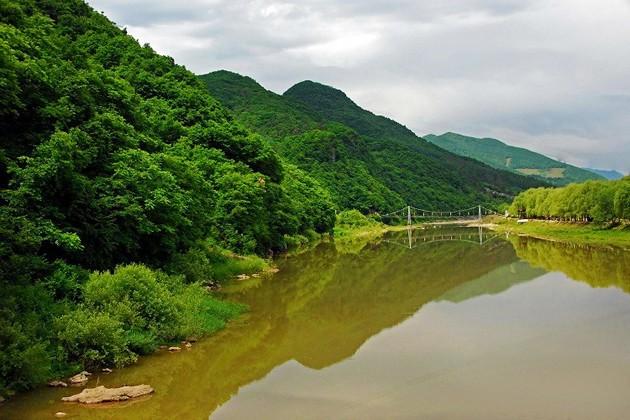 本溪的洞这么多,这个望天洞风景区就位于桓仁满族自治县境内雅河乡