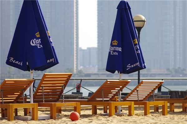 老码头的阳光沙滩