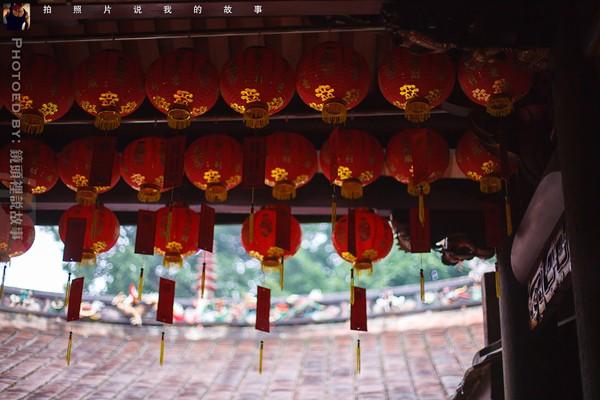 东桥亭的红灯笼