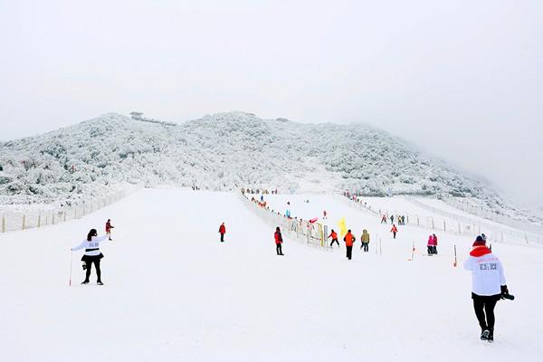 冰雪滑雪场