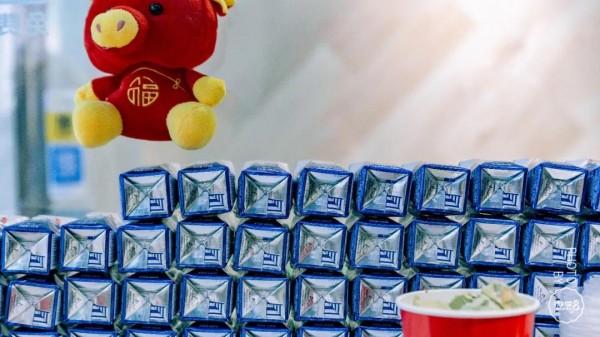 郑州大上海美食推荐_郑州炒酸奶制霸王者?黑暗料理?一家街头小店凭啥大火五年 ...